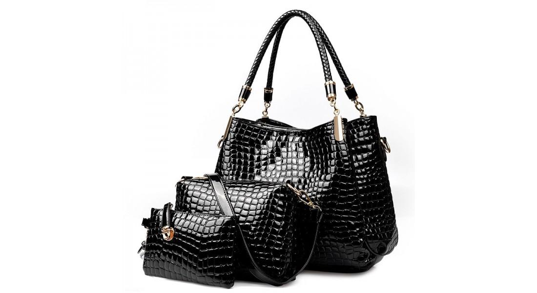 Черная женская сумочка всегда должна быть в женском гардеробе